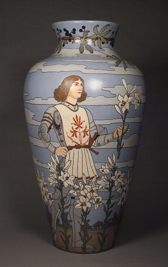 1900 Worlds Fair Vase (other side)
